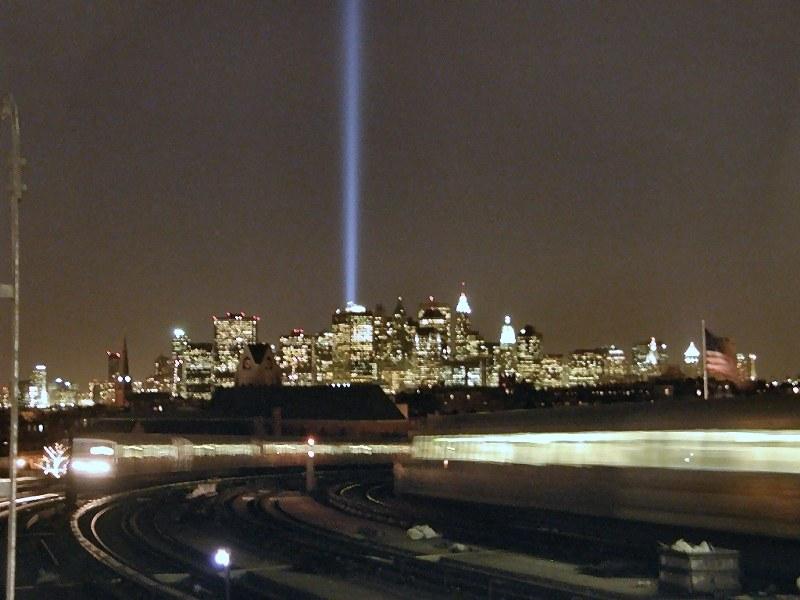(85k, 800x600)<br><b>Country:</b> United States<br><b>City:</b> New York<br><b>System:</b> New York City Transit<br><b>Line:</b> IND Crosstown Line<br><b>Location:</b> Smith/9th Street <br><b>Photo by:</b> Ed Yung<br><b>Date:</b> 3/11/2002<br><b>Notes:</b> World Trade Center Tribute in Lights as viewed from Smith/9th Street<br><b>Viewed (this week/total):</b> 0 / 15146