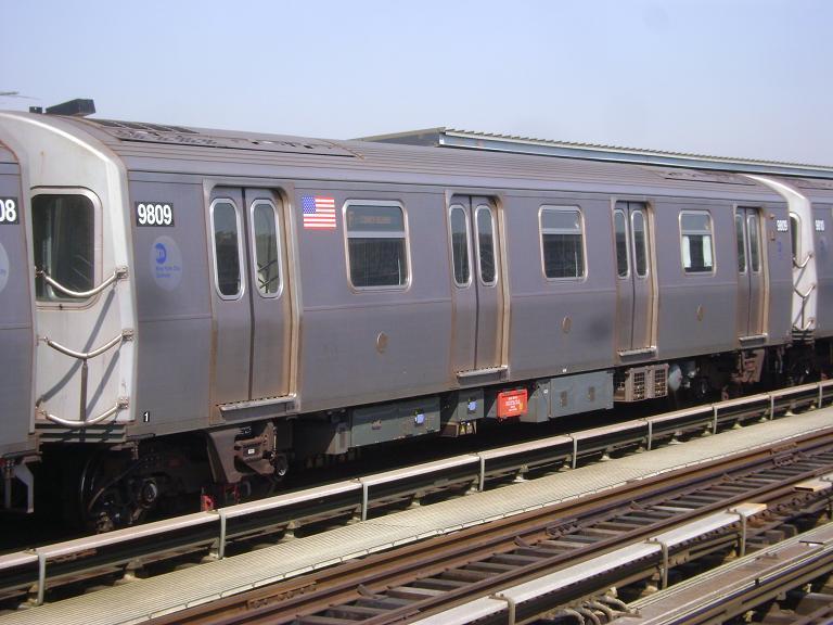 (92k, 768x576)<br><b>Country:</b> United States<br><b>City:</b> New York<br><b>System:</b> New York City Transit<br><b>Line:</b> BMT Culver Line<br><b>Location:</b> Avenue P <br><b>Route:</b> F<br><b>Car:</b> R-160B (Option 2) (Kawasaki, 2009)  9809 <br><b>Photo by:</b> John Dooley<br><b>Date:</b> 4/8/2010<br><b>Viewed (this week/total):</b> 3 / 856