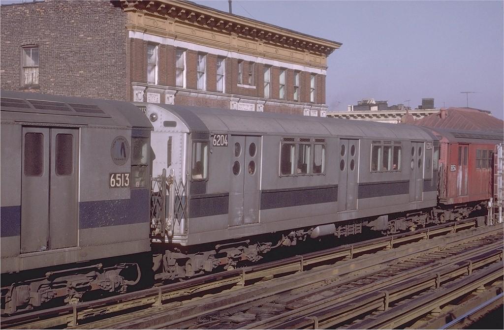 (218k, 1024x671)<br><b>Country:</b> United States<br><b>City:</b> New York<br><b>System:</b> New York City Transit<br><b>Line:</b> IRT White Plains Road Line<br><b>Location:</b> Freeman Street <br><b>Route:</b> 2<br><b>Car:</b> R-15 (American Car & Foundry, 1950) 6204 <br><b>Photo by:</b> Joe Testagrose<br><b>Date:</b> 2/6/1971<br><b>Viewed (this week/total):</b> 2 / 3141