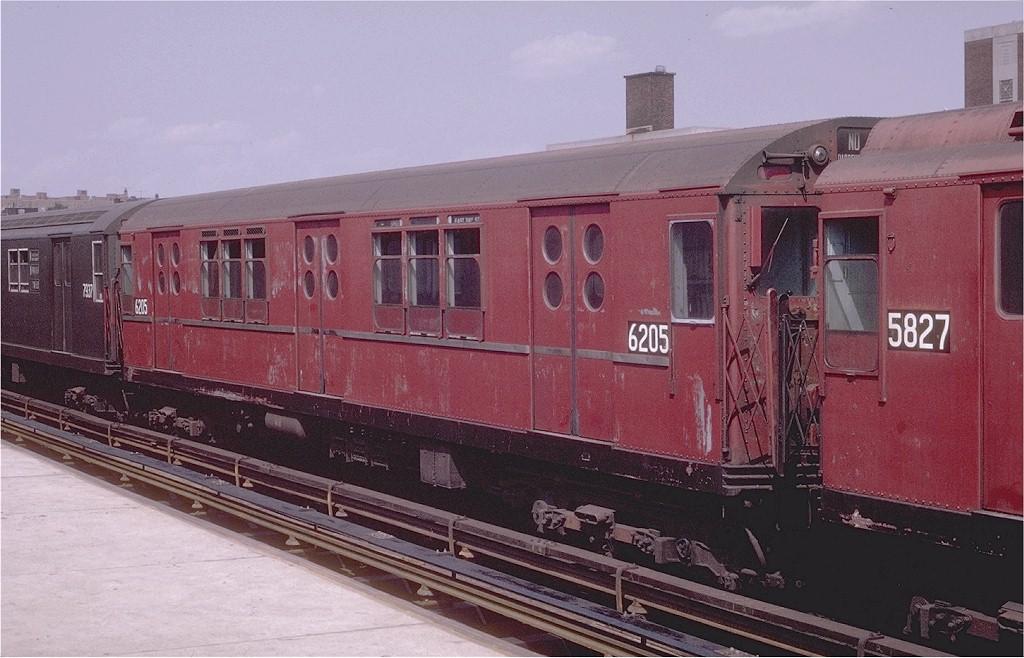 (189k, 1024x658)<br><b>Country:</b> United States<br><b>City:</b> New York<br><b>System:</b> New York City Transit<br><b>Line:</b> IRT White Plains Road Line<br><b>Location:</b> 225th Street <br><b>Car:</b> R-15 (American Car & Foundry, 1950) 6205 <br><b>Photo by:</b> Joe Testagrose<br><b>Date:</b> 7/12/1970<br><b>Viewed (this week/total):</b> 3 / 3137