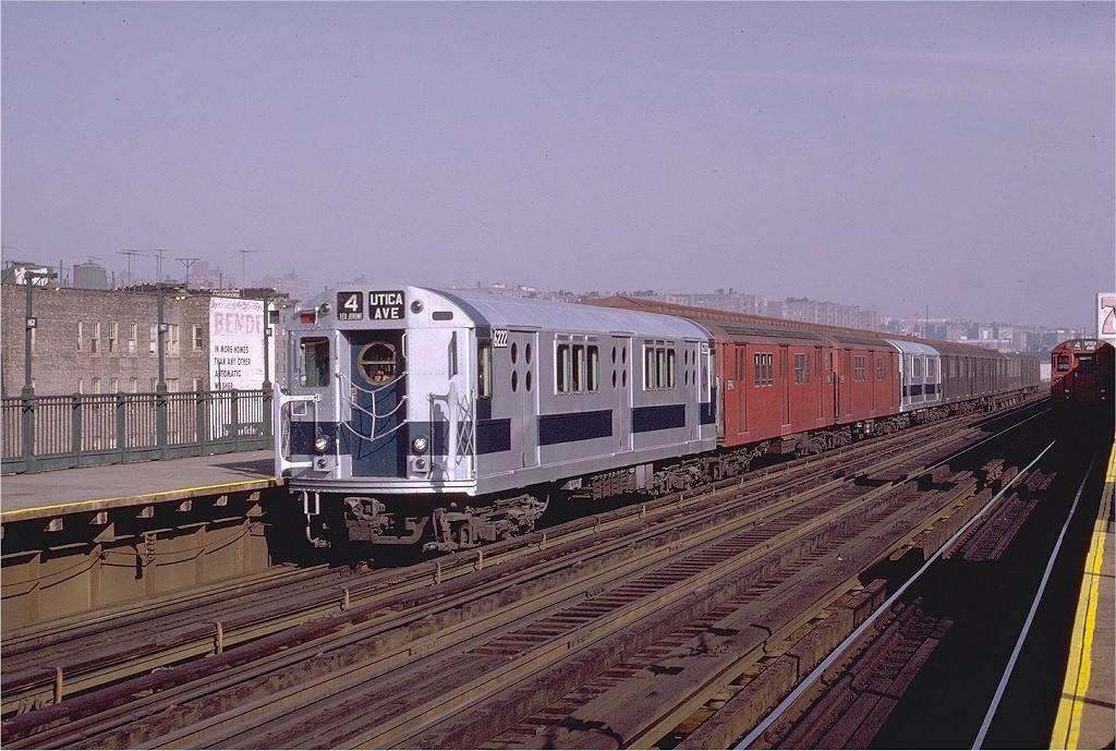 (223k, 1024x689)<br><b>Country:</b> United States<br><b>City:</b> New York<br><b>System:</b> New York City Transit<br><b>Line:</b> IRT Woodlawn Line<br><b>Location:</b> 167th Street <br><b>Route:</b> 4<br><b>Car:</b> R-15 (American Car & Foundry, 1950) 6222 <br><b>Photo by:</b> Joe Testagrose<br><b>Date:</b> 11/7/1970<br><b>Viewed (this week/total):</b> 3 / 2825