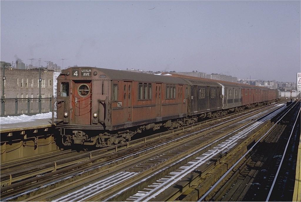 (216k, 1024x686)<br><b>Country:</b> United States<br><b>City:</b> New York<br><b>System:</b> New York City Transit<br><b>Line:</b> IRT Woodlawn Line<br><b>Location:</b> 167th Street <br><b>Route:</b> 4<br><b>Car:</b> R-15 (American Car & Foundry, 1950) 6229 <br><b>Photo by:</b> Joe Testagrose<br><b>Date:</b> 12/27/1970<br><b>Viewed (this week/total):</b> 0 / 2599