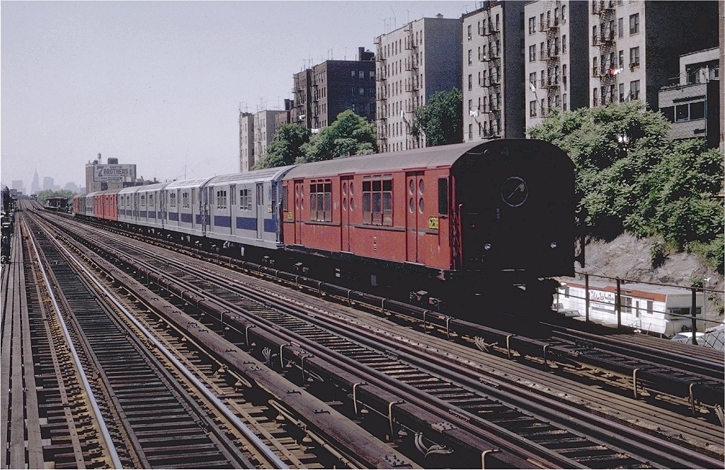 (275k, 1024x664)<br><b>Country:</b> United States<br><b>City:</b> New York<br><b>System:</b> New York City Transit<br><b>Line:</b> IRT Woodlawn Line<br><b>Location:</b> 176th Street <br><b>Route:</b> 4<br><b>Car:</b> R-15 (American Car & Foundry, 1950) 6238 <br><b>Photo by:</b> Joe Testagrose<br><b>Date:</b> 6/13/1970<br><b>Viewed (this week/total):</b> 1 / 3320