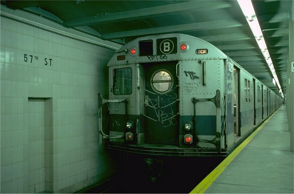 (151k, 1024x675)<br><b>Country:</b> United States<br><b>City:</b> New York<br><b>System:</b> New York City Transit<br><b>Line:</b> IND 6th Avenue Line<br><b>Location:</b> 57th Street <br><b>Route:</b> B<br><b>Car:</b> R-16 (American Car & Foundry, 1955) 6328 <br><b>Photo by:</b> Doug Grotjahn<br><b>Collection of:</b> Joe Testagrose<br><b>Date:</b> 9/19/1976<br><b>Viewed (this week/total):</b> 0 / 5902