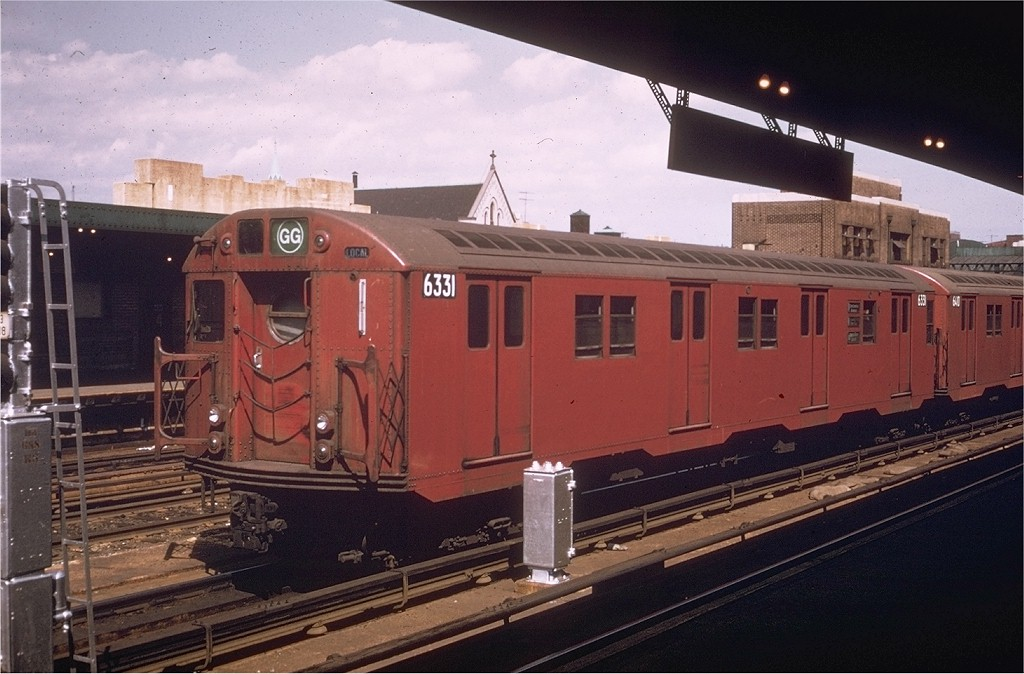 (181k, 1024x674)<br><b>Country:</b> United States<br><b>City:</b> New York<br><b>System:</b> New York City Transit<br><b>Line:</b> IND Crosstown Line<br><b>Location:</b> Smith/9th Street <br><b>Route:</b> GG<br><b>Car:</b> R-16 (American Car & Foundry, 1955) 6331 <br><b>Photo by:</b> Willie Rosenberg<br><b>Collection of:</b> Joe Testagrose<br><b>Date:</b> 6/1970<br><b>Viewed (this week/total):</b> 0 / 3546