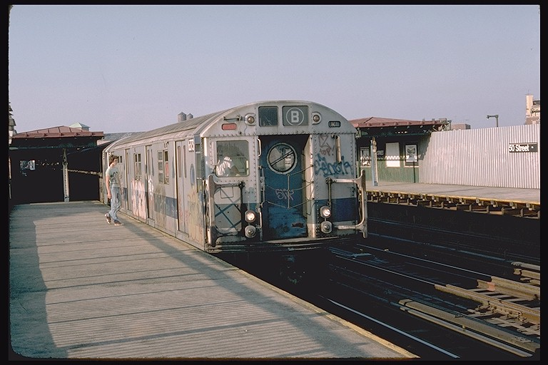 (105k, 768x512)<br><b>Country:</b> United States<br><b>City:</b> New York<br><b>System:</b> New York City Transit<br><b>Line:</b> BMT West End Line<br><b>Location:</b> 50th Street <br><b>Route:</b> B<br><b>Car:</b> R-16 (American Car & Foundry, 1955) 6373 <br><b>Photo by:</b> Doug Grotjahn<br><b>Collection of:</b> Joe Testagrose<br><b>Date:</b> 9/9/1976<br><b>Viewed (this week/total):</b> 0 / 3777