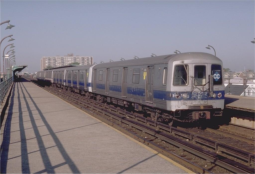 (202k, 1024x699)<br><b>Country:</b> United States<br><b>City:</b> New York<br><b>System:</b> New York City Transit<br><b>Line:</b> IND Rockaway<br><b>Location:</b> Beach 90th Street/Holland <br><b>Route:</b> CC<br><b>Car:</b> R-46 (Pullman-Standard, 1974-75) 606 <br><b>Photo by:</b> Doug Grotjahn<br><b>Collection of:</b> Joe Testagrose<br><b>Date:</b> 9/4/1980<br><b>Viewed (this week/total):</b> 1 / 5586