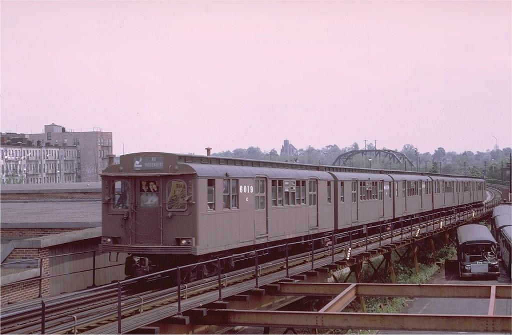 (160k, 1024x671)<br><b>Country:</b> United States<br><b>City:</b> New York<br><b>System:</b> New York City Transit<br><b>Line:</b> BMT Myrtle Avenue Line<br><b>Location:</b> Fresh Pond Road <br><b>Route:</b> Fan Trip<br><b>Car:</b> BMT D-Type Triplex 6019 <br><b>Photo by:</b> Joe Testagrose<br><b>Date:</b> 5/18/1975<br><b>Viewed (this week/total):</b> 0 / 4120