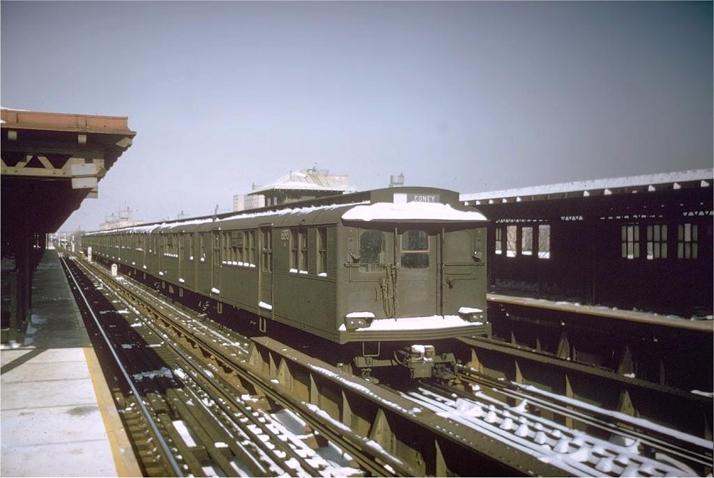 (169k, 1024x686)<br><b>Country:</b> United States<br><b>City:</b> New York<br><b>System:</b> New York City Transit<br><b>Line:</b> BMT West End Line<br><b>Location:</b> Bay 50th Street <br><b>Car:</b> BMT D-Type Triplex 6093 <br><b>Photo by:</b> Willie Rosenberg<br><b>Collection of:</b> Joe Testagrose<br><b>Date:</b> 12/1964<br><b>Viewed (this week/total):</b> 0 / 3584