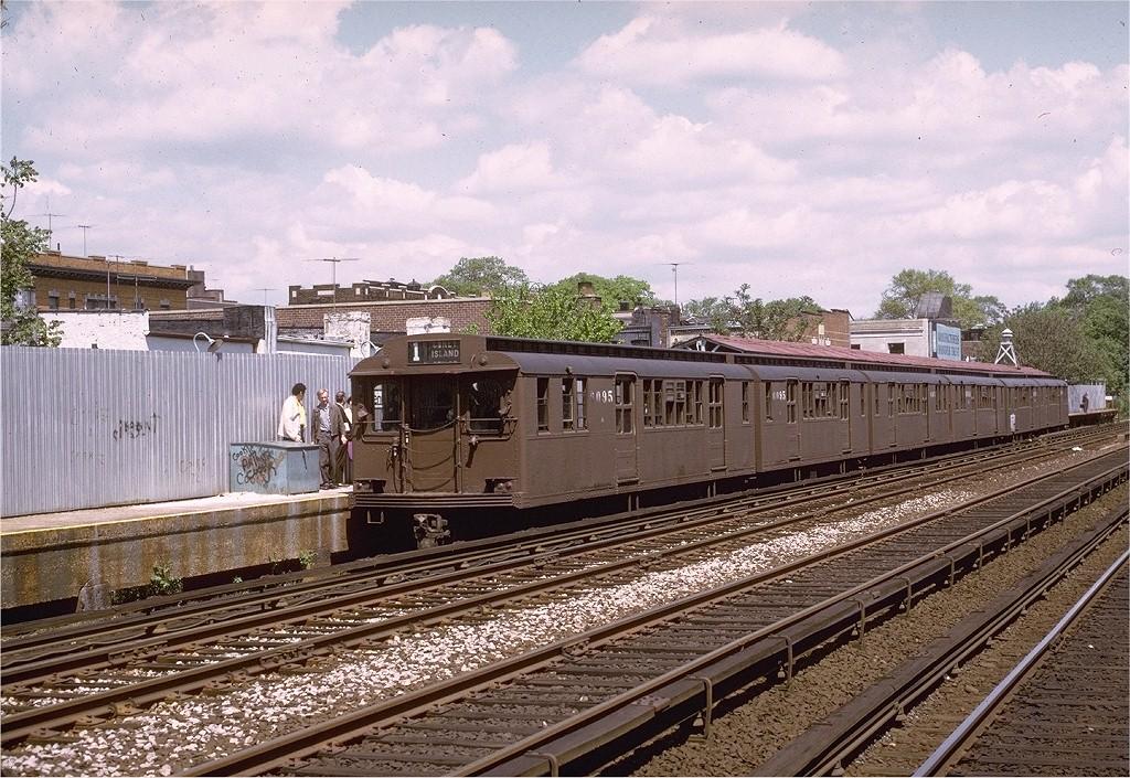 (273k, 1024x705)<br><b>Country:</b> United States<br><b>City:</b> New York<br><b>System:</b> New York City Transit<br><b>Line:</b> BMT Brighton Line<br><b>Location:</b> Avenue J <br><b>Route:</b> Fan Trip<br><b>Car:</b> BMT D-Type Triplex 6095 <br><b>Photo by:</b> Joe Testagrose<br><b>Date:</b> 5/13/1973<br><b>Viewed (this week/total):</b> 4 / 3093