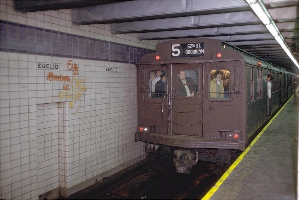 (201k, 1024x685)<br><b>Country:</b> United States<br><b>City:</b> New York<br><b>System:</b> New York City Transit<br><b>Line:</b> IND Fulton Street Line<br><b>Location:</b> Euclid Avenue <br><b>Route:</b> Fan Trip<br><b>Car:</b> BMT D-Type Triplex 6095 <br><b>Photo by:</b> Doug Grotjahn<br><b>Collection of:</b> Joe Testagrose<br><b>Date:</b> 5/13/1973<br><b>Viewed (this week/total):</b> 1 / 4716