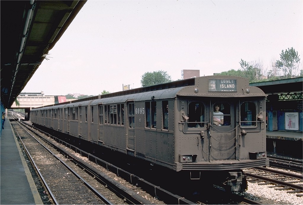 (194k, 1024x694)<br><b>Country:</b> United States<br><b>City:</b> New York<br><b>System:</b> New York City Transit<br><b>Line:</b> BMT Sea Beach Line<br><b>Location:</b> Fort Hamilton Parkway <br><b>Route:</b> Fan Trip<br><b>Car:</b> BMT D-Type Triplex 6095 <br><b>Photo by:</b> Ed McKernan<br><b>Collection of:</b> Joe Testagrose<br><b>Date:</b> 7/4/1976<br><b>Viewed (this week/total):</b> 1 / 3548