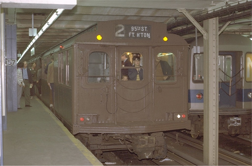 (182k, 1024x677)<br><b>Country:</b> United States<br><b>City:</b> New York<br><b>System:</b> New York City Transit<br><b>Line:</b> BMT Broadway Line<br><b>Location:</b> 57th Street <br><b>Route:</b> Fan Trip<br><b>Car:</b> BMT D-Type Triplex 6095 <br><b>Photo by:</b> Joe Testagrose<br><b>Date:</b> 5/27/1972<br><b>Viewed (this week/total):</b> 1 / 4229