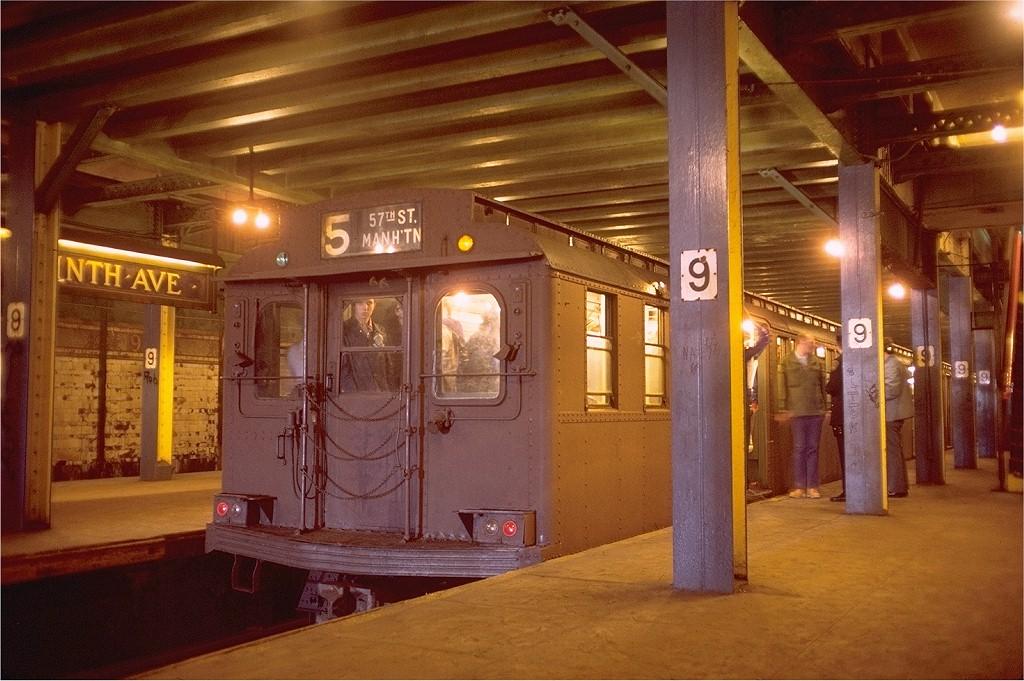 (213k, 1024x681)<br><b>Country:</b> United States<br><b>City:</b> New York<br><b>System:</b> New York City Transit<br><b>Line:</b> BMT Culver Line<br><b>Location:</b> 9th Avenue (Lower Level) <br><b>Route:</b> Fan Trip<br><b>Car:</b> BMT D-Type Triplex 6095 <br><b>Photo by:</b> Doug Grotjahn<br><b>Collection of:</b> Joe Testagrose<br><b>Date:</b> 5/18/1975<br><b>Viewed (this week/total):</b> 0 / 9906