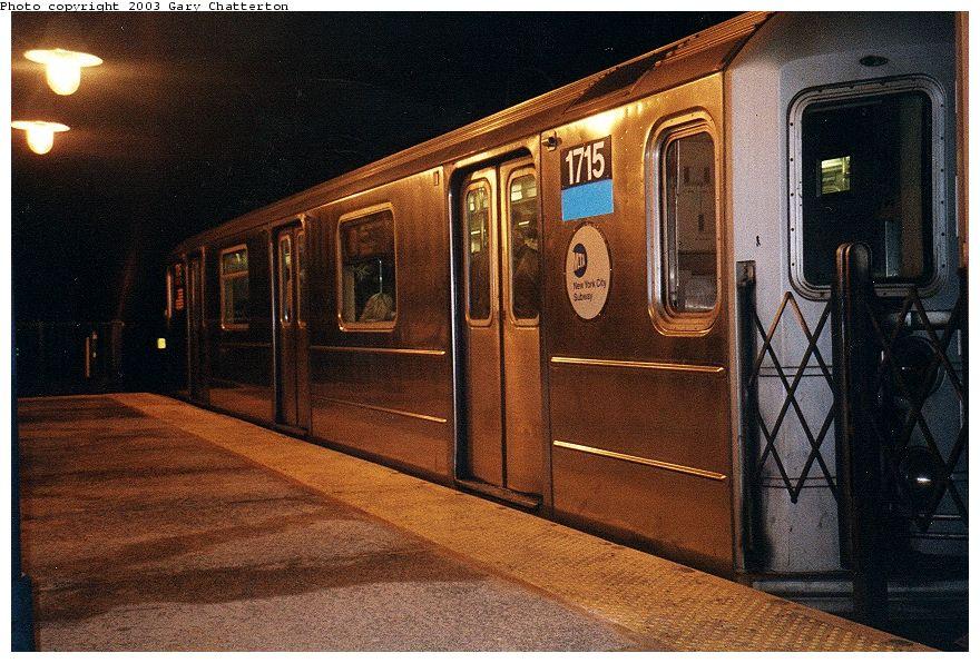 (125k, 880x596)<br><b>Country:</b> United States<br><b>City:</b> New York<br><b>System:</b> New York City Transit<br><b>Line:</b> IRT Flushing Line<br><b>Location:</b> 61st Street/Woodside <br><b>Route:</b> 7<br><b>Car:</b> R-62A (Bombardier, 1984-1987)  1715 <br><b>Photo by:</b> Gary Chatterton<br><b>Date:</b> 1/2003<br><b>Viewed (this week/total):</b> 0 / 3139