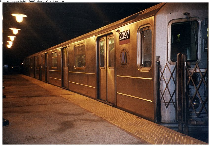 (108k, 855x596)<br><b>Country:</b> United States<br><b>City:</b> New York<br><b>System:</b> New York City Transit<br><b>Line:</b> IRT Flushing Line<br><b>Location:</b> 61st Street/Woodside <br><b>Route:</b> 7<br><b>Car:</b> R-62A (Bombardier, 1984-1987)  2097 <br><b>Photo by:</b> Gary Chatterton<br><b>Date:</b> 1/2003<br><b>Viewed (this week/total):</b> 0 / 3263