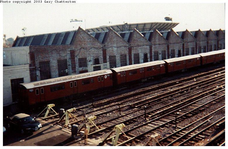 (97k, 780x511)<br><b>Country:</b> United States<br><b>City:</b> New York<br><b>System:</b> New York City Transit<br><b>Location:</b> Corona Yard<br><b>Car:</b> R-33 World's Fair (St. Louis, 1963-64) 9321 <br><b>Photo by:</b> Gary Chatterton<br><b>Date:</b> 2000<br><b>Viewed (this week/total):</b> 0 / 2486