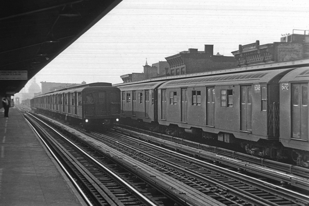 (234k, 1044x710)<br><b>Country:</b> United States<br><b>City:</b> New York<br><b>System:</b> New York City Transit<br><b>Line:</b> BMT Nassau Street/Jamaica Line<br><b>Location:</b> Hewes Street <br><b>Car:</b> R-16 (American Car & Foundry, 1955) 6348 <br><b>Collection of:</b> David Pirmann<br><b>Viewed (this week/total):</b> 0 / 3572