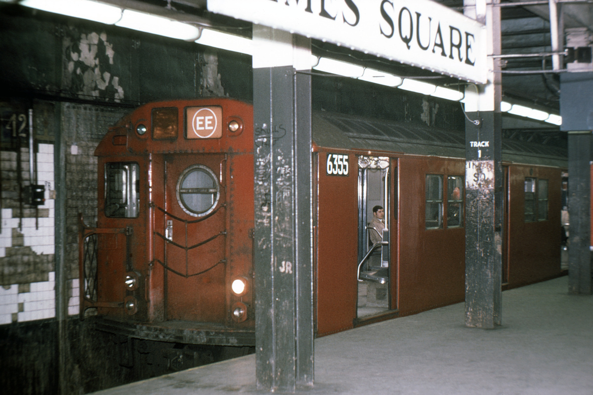 (363k, 1024x683)<br><b>Country:</b> United States<br><b>City:</b> New York<br><b>System:</b> New York City Transit<br><b>Line:</b> BMT Broadway Line<br><b>Location:</b> Times Square/42nd Street <br><b>Route:</b> EE<br><b>Car:</b> R-16 (American Car & Foundry, 1955) 6355 <br><b>Collection of:</b> David Pirmann<br><b>Viewed (this week/total):</b> 0 / 5467