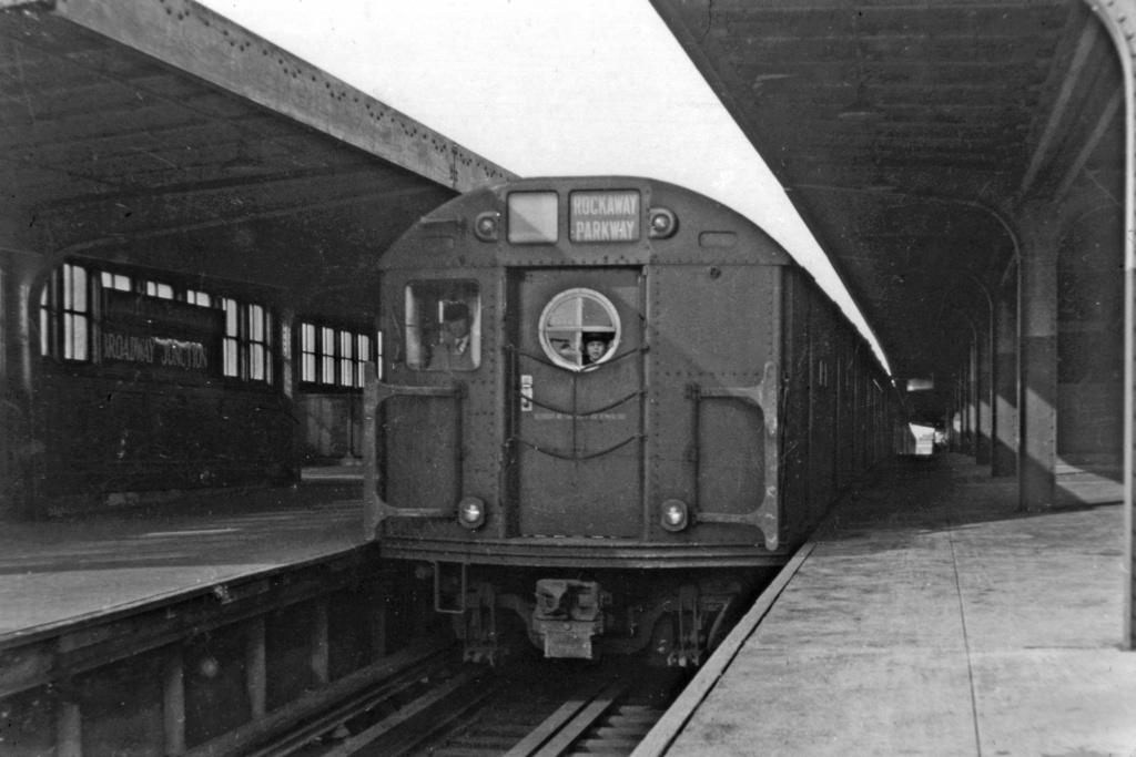 (213k, 1024x683)<br><b>Country:</b> United States<br><b>City:</b> New York<br><b>System:</b> New York City Transit<br><b>Line:</b> BMT Canarsie Line<br><b>Location:</b> Broadway Junction <br><b>Route:</b> BMT 16<br><b>Car:</b> R-16 (American Car & Foundry, 1955)  <br><b>Collection of:</b> David Pirmann<br><b>Viewed (this week/total):</b> 0 / 3530