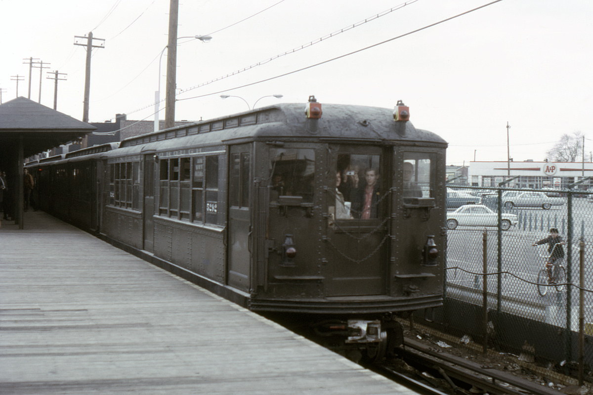 (305k, 1024x683)<br><b>Country:</b> United States<br><b>City:</b> New York<br><b>System:</b> New York City Transit<br><b>Line:</b> BMT Canarsie Line<br><b>Location:</b> Rockaway Parkway <br><b>Route:</b> Fan Trip<br><b>Car:</b> Low-V (Museum Train) 5292 <br><b>Collection of:</b> David Pirmann<br><b>Date:</b> 5/26/1974<br><b>Viewed (this week/total):</b> 0 / 3171