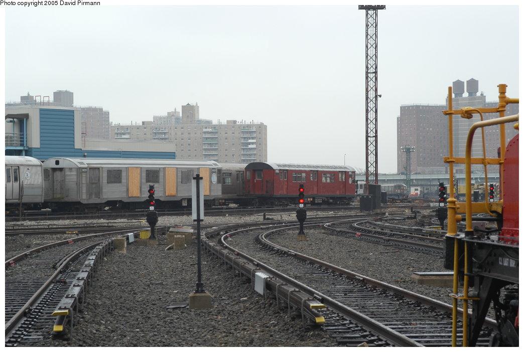 (201k, 1044x701)<br><b>Country:</b> United States<br><b>City:</b> New York<br><b>System:</b> New York City Transit<br><b>Location:</b> Coney Island Yard<br><b>Car:</b> R-32 (Budd, 1964)  3620 <br><b>Photo by:</b> David Pirmann<br><b>Date:</b> 4/5/2003<br><b>Viewed (this week/total):</b> 2 / 16278