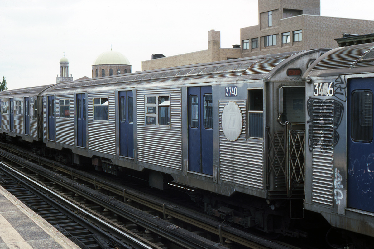 (372k, 1024x683)<br><b>Country:</b> United States<br><b>City:</b> New York<br><b>System:</b> New York City Transit<br><b>Line:</b> BMT Astoria Line<br><b>Location:</b> 30th/Grand Aves. <br><b>Car:</b> R-32 (Budd, 1964)  3740 <br><b>Photo by:</b> Robert Montag<br><b>Collection of:</b> David Pirmann<br><b>Date:</b> 8/31/1985<br><b>Viewed (this week/total):</b> 2 / 5802