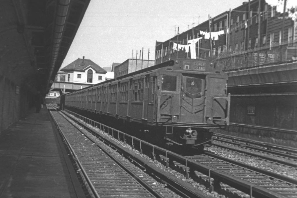 (201k, 1024x683)<br><b>Country:</b> United States<br><b>City:</b> New York<br><b>System:</b> New York City Transit<br><b>Line:</b> BMT Brighton Line<br><b>Location:</b> Cortelyou Road <br><b>Route:</b> D<br><b>Car:</b> R-1/R-9 Series   <br><b>Collection of:</b> David Pirmann<br><b>Viewed (this week/total):</b> 0 / 3526