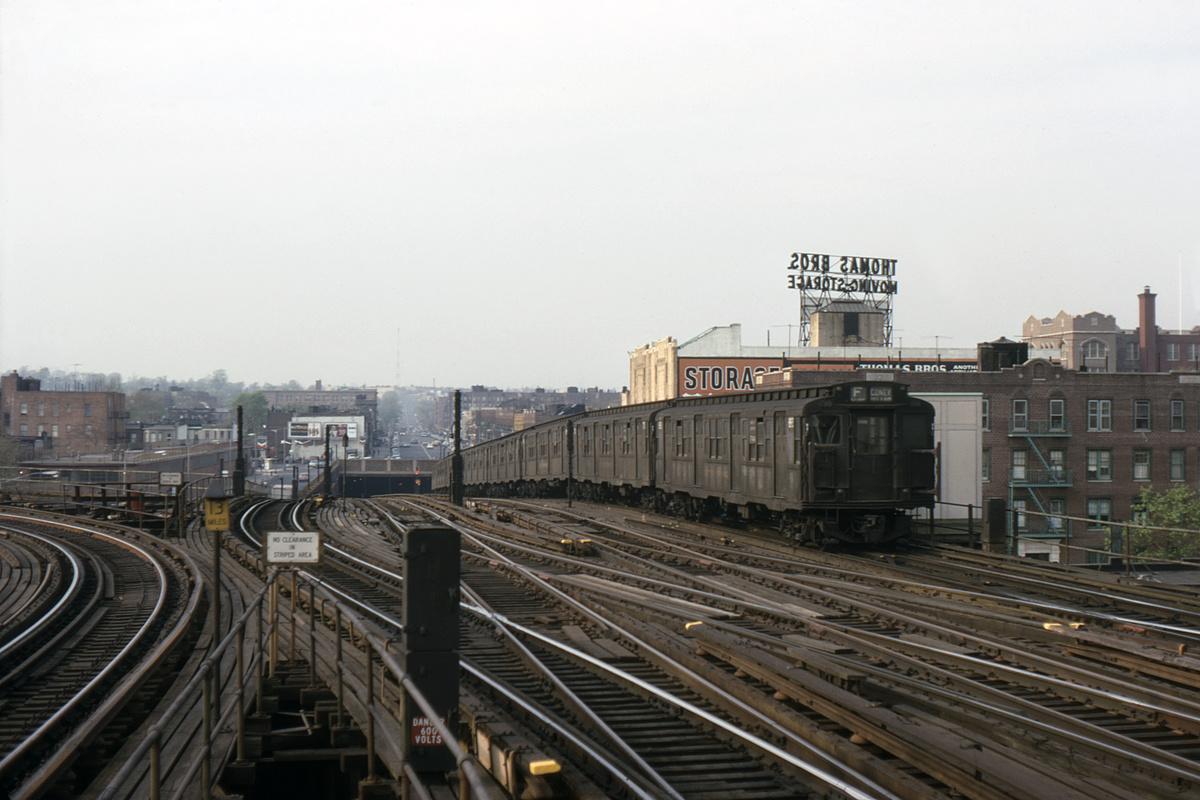 (343k, 1044x733)<br><b>Country:</b> United States<br><b>City:</b> New York<br><b>System:</b> New York City Transit<br><b>Line:</b> BMT Culver Line<br><b>Location:</b> Ditmas Avenue <br><b>Route:</b> F<br><b>Car:</b> R-4 (American Car & Foundry, 1932-1933) 893 <br><b>Collection of:</b> David Pirmann<br><b>Date:</b> 4/1968<br><b>Viewed (this week/total):</b> 2 / 4540