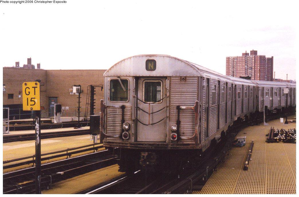(159k, 1044x686)<br><b>Country:</b> United States<br><b>City:</b> New York<br><b>System:</b> New York City Transit<br><b>Location:</b> Coney Island/Stillwell Avenue<br><b>Route:</b> N<br><b>Car:</b> R-32 (Budd, 1964)   <br><b>Photo by:</b> Christopher Esposito<br><b>Date:</b> 2000<br><b>Viewed (this week/total):</b> 1 / 2644