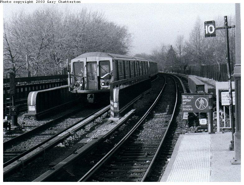 (115k, 785x596)<br><b>Country:</b> United States<br><b>City:</b> New York<br><b>System:</b> New York City Transit<br><b>Line:</b> BMT Brighton Line<br><b>Location:</b> Sheepshead Bay <br><b>Route:</b> Q<br><b>Car:</b> R-40 (St. Louis, 1968)  4361 <br><b>Photo by:</b> Gary Chatterton<br><b>Date:</b> 3/25/2003<br><b>Viewed (this week/total):</b> 4 / 3783