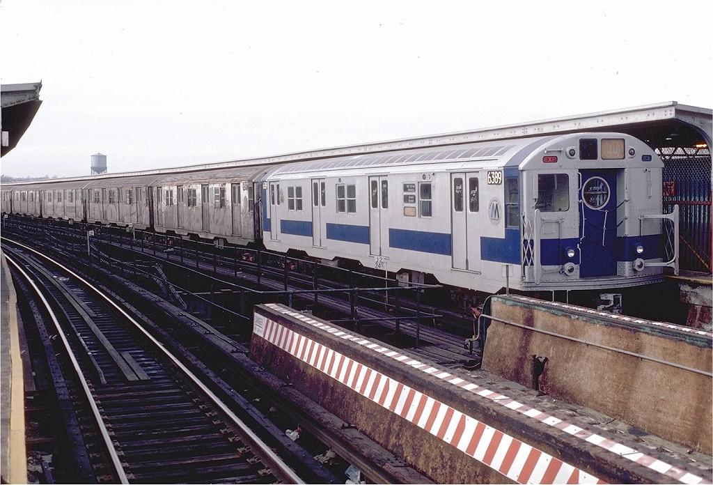 (222k, 1024x696)<br><b>Country:</b> United States<br><b>City:</b> New York<br><b>System:</b> New York City Transit<br><b>Line:</b> BMT Nassau Street-Jamaica Line<br><b>Location:</b> Queens Boulevard (Demolished)<br><b>Route:</b> J<br><b>Car:</b> R-16 (American Car & Foundry, 1955) 6389 <br><b>Photo by:</b> Doug Grotjahn<br><b>Collection of:</b> Joe Testagrose<br><b>Date:</b> 1/30/1983<br><b>Viewed (this week/total):</b> 2 / 8861
