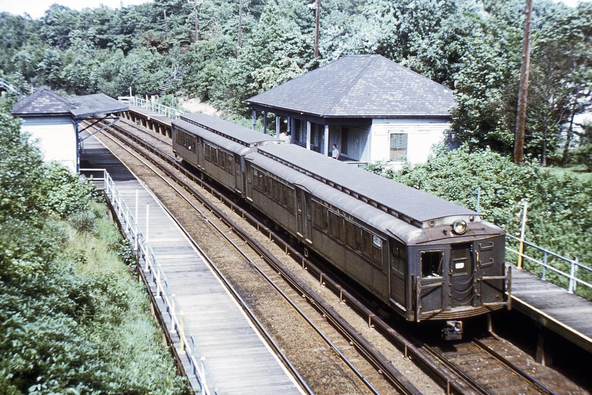 (624k, 1024x683)<br><b>Country:</b> United States<br><b>City:</b> New York<br><b>System:</b> New York City Transit<br><b>Line:</b> SIRT<br><b>Location:</b> Prince's Bay <br><b>Car:</b> SIRT ME-1 (Motor) 353 <br><b>Collection of:</b> David Pirmann<br><b>Viewed (this week/total):</b> 0 / 5648