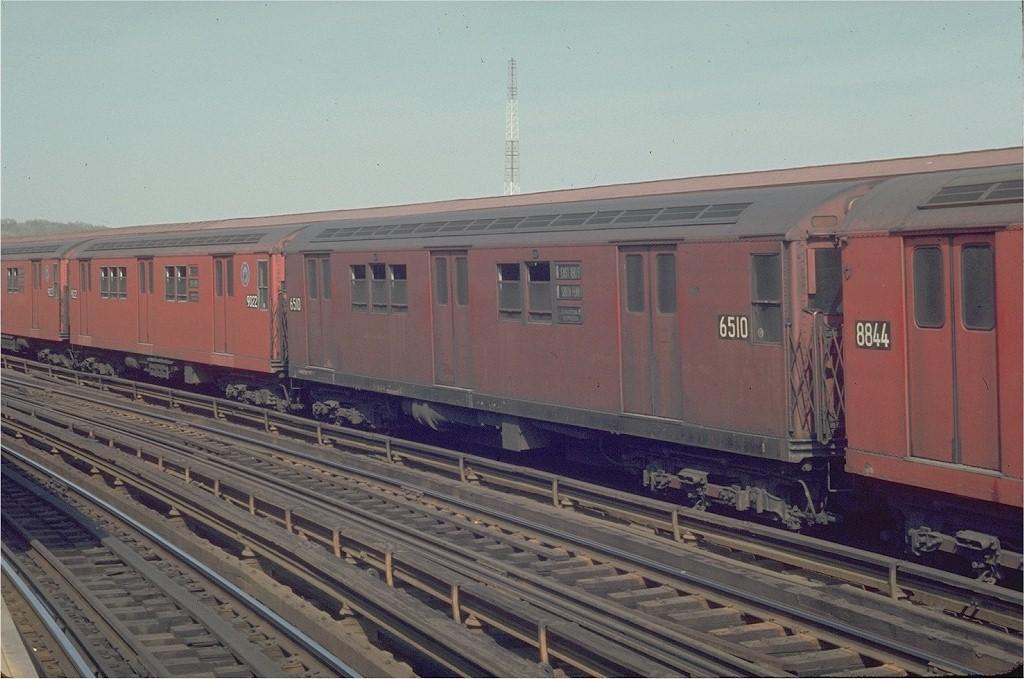 (187k, 1024x679)<br><b>Country:</b> United States<br><b>City:</b> New York<br><b>System:</b> New York City Transit<br><b>Line:</b> IRT White Plains Road Line<br><b>Location:</b> West Farms Sq./East Tremont Ave./177th St. <br><b>Route:</b> 5<br><b>Car:</b> R-17 (St. Louis, 1955-56) 6510 <br><b>Photo by:</b> Joe Testagrose<br><b>Date:</b> 5/2/1970<br><b>Viewed (this week/total):</b> 0 / 2825