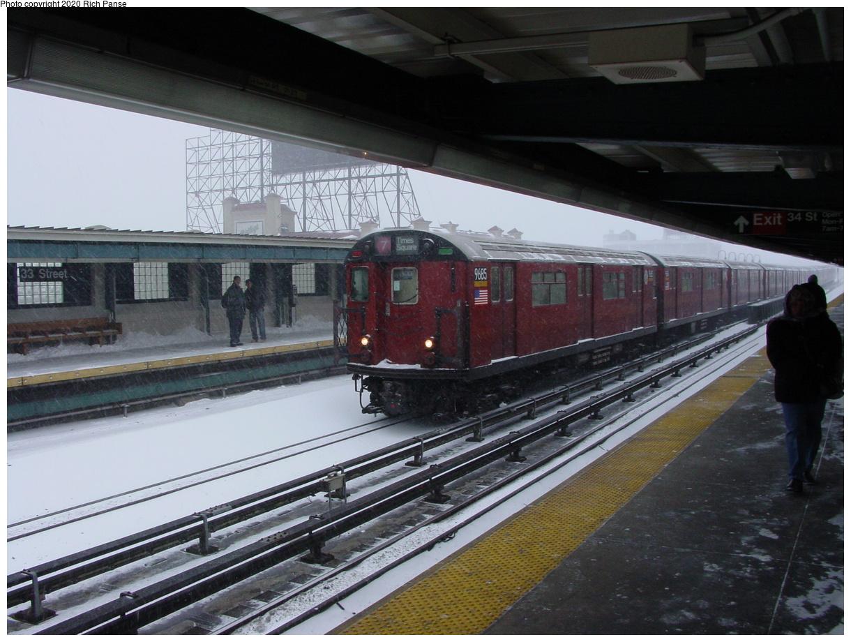 (81k, 820x620)<br><b>Country:</b> United States<br><b>City:</b> New York<br><b>System:</b> New York City Transit<br><b>Line:</b> IRT Flushing Line<br><b>Location:</b> 33rd Street/Rawson Street <br><b>Route:</b> 7<br><b>Car:</b> R-36 World's Fair (St. Louis, 1963-64) 9685 <br><b>Photo by:</b> Richard Panse<br><b>Date:</b> 2/17/2003<br><b>Viewed (this week/total):</b> 1 / 3921
