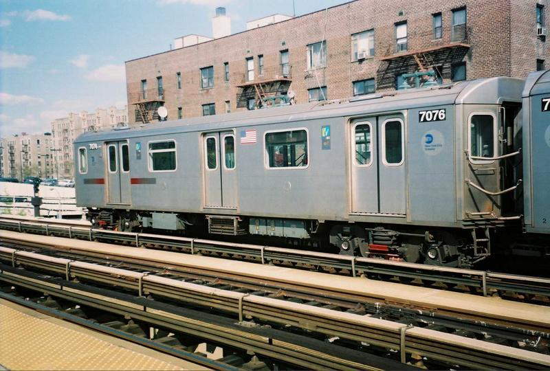 (90k, 800x540)<br><b>Country:</b> United States<br><b>City:</b> New York<br><b>System:</b> New York City Transit<br><b>Line:</b> IRT Woodlawn Line<br><b>Location:</b> 161st Street/River Avenue (Yankee Stadium) <br><b>Route:</b> 4<br><b>Car:</b> R-142 (Option Order, Bombardier, 2002-2003)  7076 <br><b>Photo by:</b> Gary Chatterton<br><b>Date:</b> 5/1/2005<br><b>Viewed (this week/total):</b> 0 / 3969