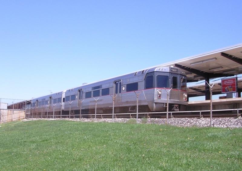 (99k, 800x567)<br><b>Country:</b> United States<br><b>City:</b> Philadelphia, PA<br><b>System:</b> PATCO<br><b>Location:</b> Woodcrest <br><b>Car:</b> PATCO  <br><b>Photo by:</b> Richard Chase<br><b>Date:</b> 4/11/2005<br><b>Viewed (this week/total):</b> 0 / 3409