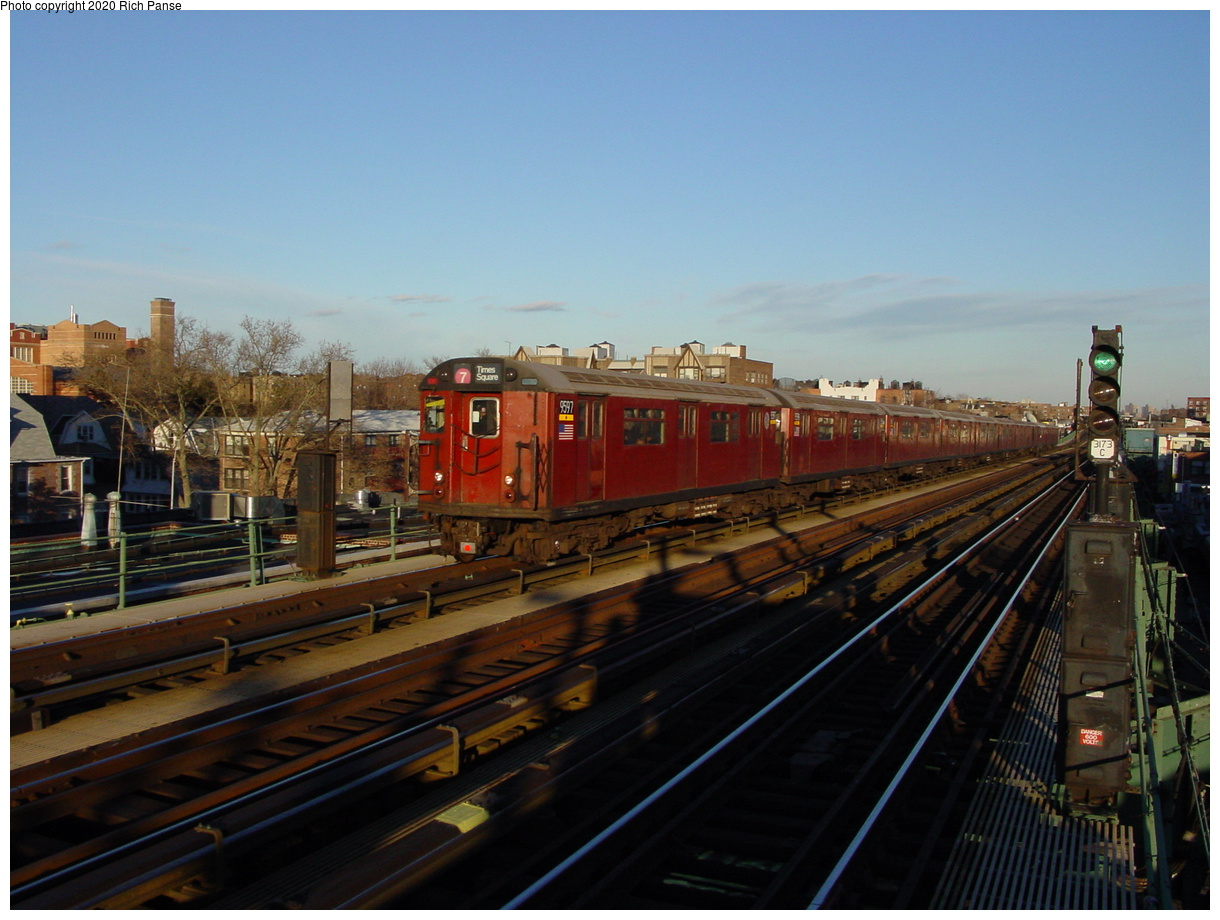 (69k, 820x620)<br><b>Country:</b> United States<br><b>City:</b> New York<br><b>System:</b> New York City Transit<br><b>Line:</b> IRT Flushing Line<br><b>Location:</b> 74th Street/Broadway <br><b>Route:</b> 7<br><b>Car:</b> R-36 World's Fair (St. Louis, 1963-64) 9597 <br><b>Photo by:</b> Richard Panse<br><b>Date:</b> 2/5/2003<br><b>Viewed (this week/total):</b> 1 / 4214