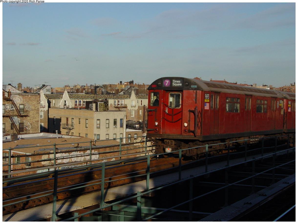 (67k, 820x620)<br><b>Country:</b> United States<br><b>City:</b> New York<br><b>System:</b> New York City Transit<br><b>Line:</b> IRT Flushing Line<br><b>Location:</b> 61st Street/Woodside <br><b>Route:</b> 7<br><b>Car:</b> R-36 World's Fair (St. Louis, 1963-64) 9693 <br><b>Photo by:</b> Richard Panse<br><b>Date:</b> 2/5/2003<br><b>Viewed (this week/total):</b> 0 / 2887