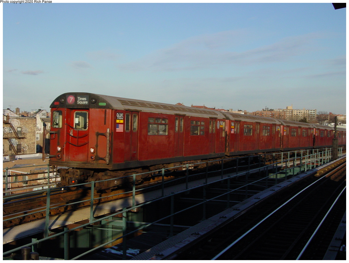 (63k, 820x620)<br><b>Country:</b> United States<br><b>City:</b> New York<br><b>System:</b> New York City Transit<br><b>Line:</b> IRT Flushing Line<br><b>Location:</b> 61st Street/Woodside <br><b>Route:</b> 7<br><b>Car:</b> R-36 World's Fair (St. Louis, 1963-64) 9685 <br><b>Photo by:</b> Richard Panse<br><b>Date:</b> 2/5/2003<br><b>Viewed (this week/total):</b> 1 / 3093