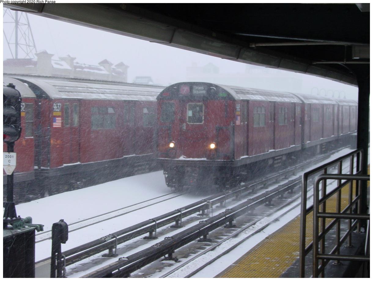 (73k, 820x620)<br><b>Country:</b> United States<br><b>City:</b> New York<br><b>System:</b> New York City Transit<br><b>Line:</b> IRT Flushing Line<br><b>Location:</b> 33rd Street/Rawson Street <br><b>Route:</b> 7<br><b>Car:</b> R-36 World's Fair (St. Louis, 1963-64)  <br><b>Photo by:</b> Richard Panse<br><b>Date:</b> 2/17/2003<br><b>Viewed (this week/total):</b> 8 / 4282