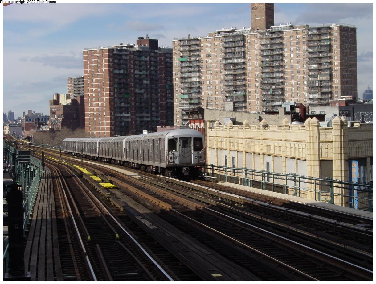 (100k, 820x620)<br><b>Country:</b> United States<br><b>City:</b> New York<br><b>System:</b> New York City Transit<br><b>Line:</b> BMT Nassau Street/Jamaica Line<br><b>Location:</b> Flushing Avenue <br><b>Route:</b> J<br><b>Car:</b> R-42 (St. Louis, 1969-1970)   <br><b>Photo by:</b> Richard Panse<br><b>Date:</b> 2/5/2003<br><b>Viewed (this week/total):</b> 0 / 4923