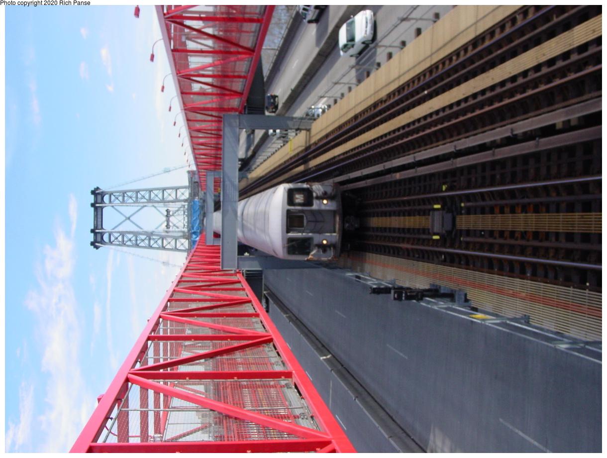 (77k, 620x820)<br><b>Country:</b> United States<br><b>City:</b> New York<br><b>System:</b> New York City Transit<br><b>Line:</b> BMT Nassau Street/Jamaica Line<br><b>Location:</b> Williamsburg Bridge<br><b>Route:</b> M<br><b>Car:</b> R-42 (St. Louis, 1969-1970)   <br><b>Photo by:</b> Richard Panse<br><b>Date:</b> 2/5/2003<br><b>Viewed (this week/total):</b> 0 / 4721