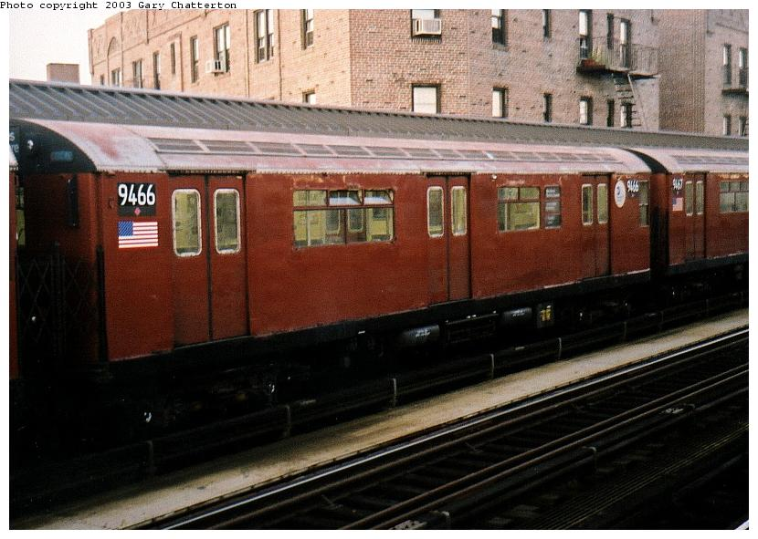 (83k, 830x591)<br><b>Country:</b> United States<br><b>City:</b> New York<br><b>System:</b> New York City Transit<br><b>Line:</b> IRT Flushing Line<br><b>Location:</b> 52nd Street/Lincoln Avenue <br><b>Route:</b> 7<br><b>Car:</b> R-36 World's Fair (St. Louis, 1963-64) 9466 <br><b>Photo by:</b> Gary Chatterton<br><b>Date:</b> 10/2002<br><b>Viewed (this week/total):</b> 0 / 2782