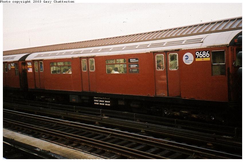 (77k, 855x566)<br><b>Country:</b> United States<br><b>City:</b> New York<br><b>System:</b> New York City Transit<br><b>Line:</b> IRT Flushing Line<br><b>Location:</b> 52nd Street/Lincoln Avenue <br><b>Route:</b> 7<br><b>Car:</b> R-36 World's Fair (St. Louis, 1963-64) 9686 <br><b>Photo by:</b> Gary Chatterton<br><b>Date:</b> 10/2002<br><b>Viewed (this week/total):</b> 1 / 2166