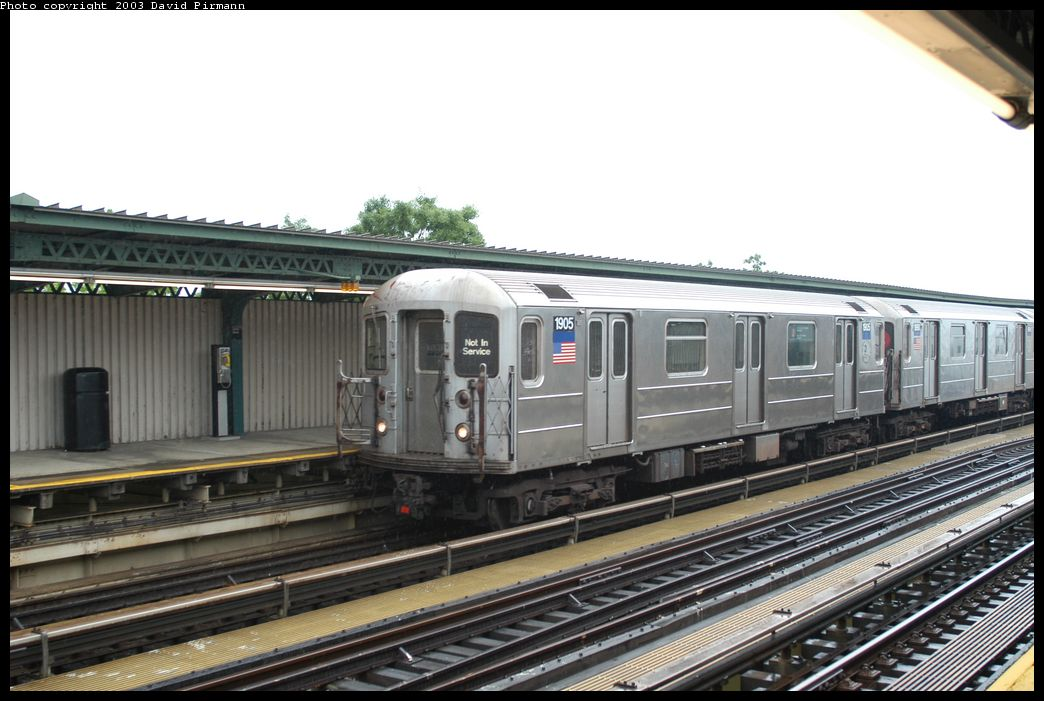 (162k, 1044x701)<br><b>Country:</b> United States<br><b>City:</b> New York<br><b>System:</b> New York City Transit<br><b>Line:</b> IRT Brooklyn Line<br><b>Location:</b> Junius Street <br><b>Car:</b> R-62A (Bombardier, 1984-1987)  1905 <br><b>Photo by:</b> David Pirmann<br><b>Date:</b> 6/7/2003<br><b>Viewed (this week/total):</b> 1 / 4545