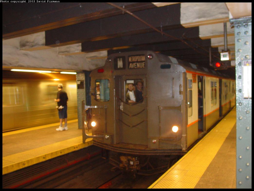 (91k, 1044x788)<br><b>Country:</b> United States<br><b>City:</b> New York<br><b>System:</b> New York City Transit<br><b>Line:</b> BMT Broadway Line<br><b>Location:</b> Whitehall Street <br><b>Route:</b> Fan Trip<br><b>Car:</b> R-7A (Pullman, 1938)  1575 <br><b>Photo by:</b> David Pirmann<br><b>Date:</b> 6/8/2003<br><b>Viewed (this week/total):</b> 3 / 4655