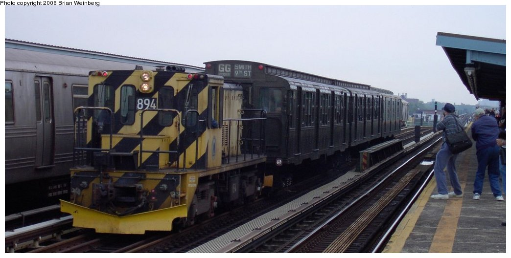 (107k, 1044x528)<br><b>Country:</b> United States<br><b>City:</b> New York<br><b>System:</b> New York City Transit<br><b>Line:</b> BMT Culver Line<br><b>Location:</b> Bay Parkway (22nd Avenue) <br><b>Route:</b> Fan Trip<br><b>Car:</b> R-77 Locomotive  894 <br><b>Photo by:</b> Brian Weinberg<br><b>Date:</b> 6/8/2003<br><b>Viewed (this week/total):</b> 2 / 3498