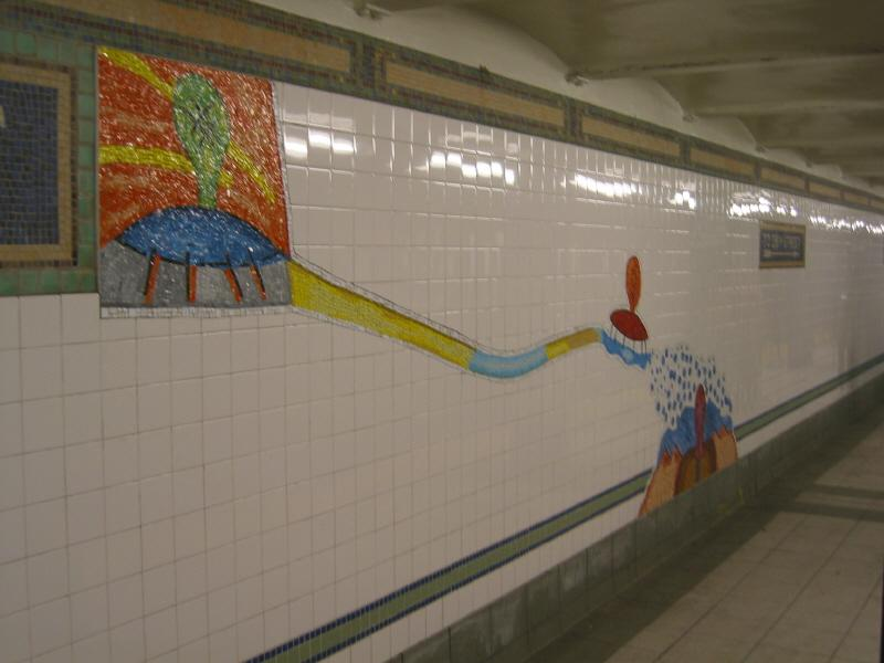 (46k, 800x600)<br><b>Country:</b> United States<br><b>City:</b> New York<br><b>System:</b> New York City Transit<br><b>Line:</b> BMT Broadway Line<br><b>Location:</b> 28th Street <br><b>Photo by:</b> Warren Sze<br><b>Date:</b> 5/27/2003<br><b>Artwork:</b> <i>City Dwellers</i>, Mark Hadjipateras (2002).<br><b>Viewed (this week/total):</b> 0 / 1791