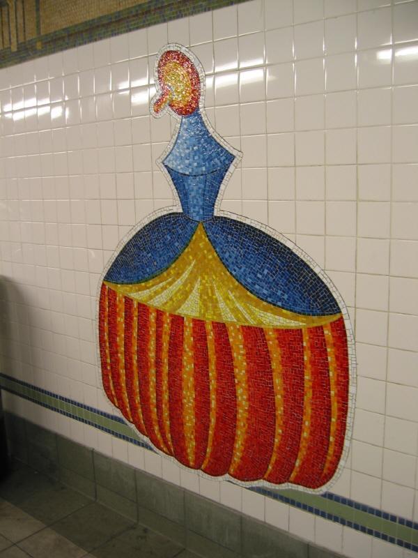 (65k, 600x800)<br><b>Country:</b> United States<br><b>City:</b> New York<br><b>System:</b> New York City Transit<br><b>Line:</b> BMT Broadway Line<br><b>Location:</b> 28th Street <br><b>Photo by:</b> Warren Sze<br><b>Date:</b> 5/27/2003<br><b>Artwork:</b> <i>City Dwellers</i>, Mark Hadjipateras (2002).<br><b>Viewed (this week/total):</b> 0 / 1709